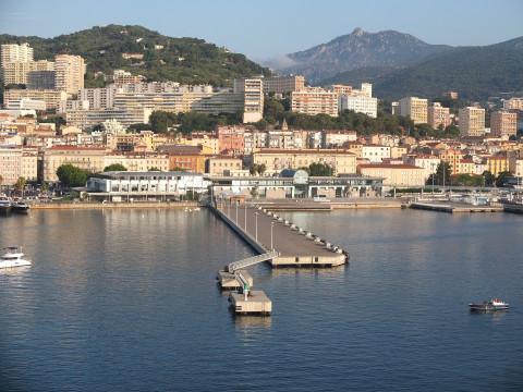 Tout savoir sur le marché immobilier en Corse